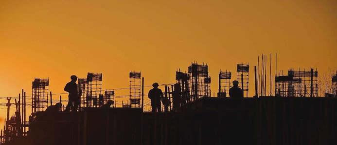 住建部:7月1日起,停止受理三级、丙级等60多项资质申请!新标准实施后实行换证!